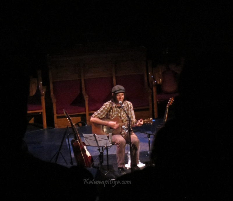 Jeff Mangum (of Neutral Milk Hotel) live in Toronto